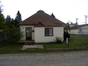 Cute Bungalow on Huge Double Lot SOLD
